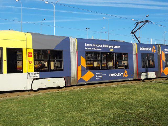Projekt reklamy na tramwaju